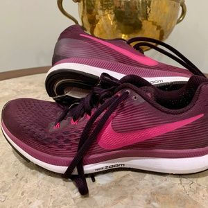 Nike Zoom Purple & Pink Running Shoes | Size: 8